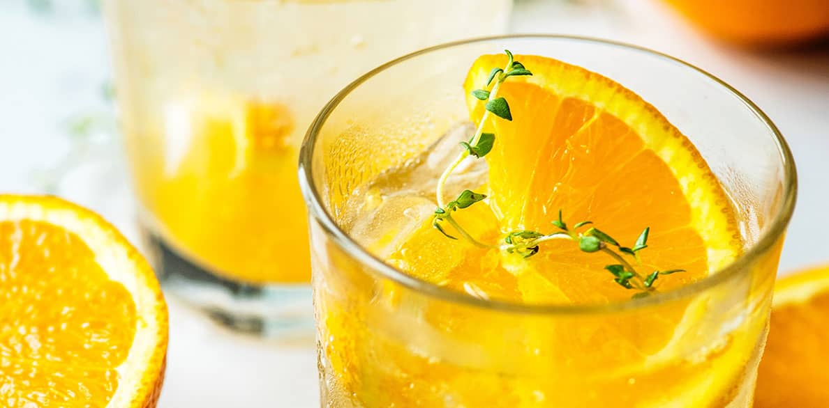 Mocktails with sparkling fruit beverages