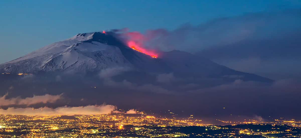 Etna erupts: watch it on our webcam