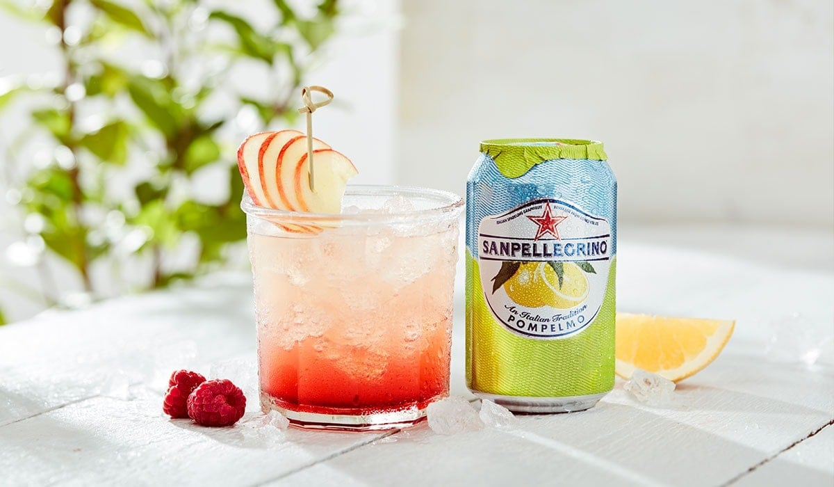 Pompelmo Splash mocktail with Sanpellegrino Pompelmo